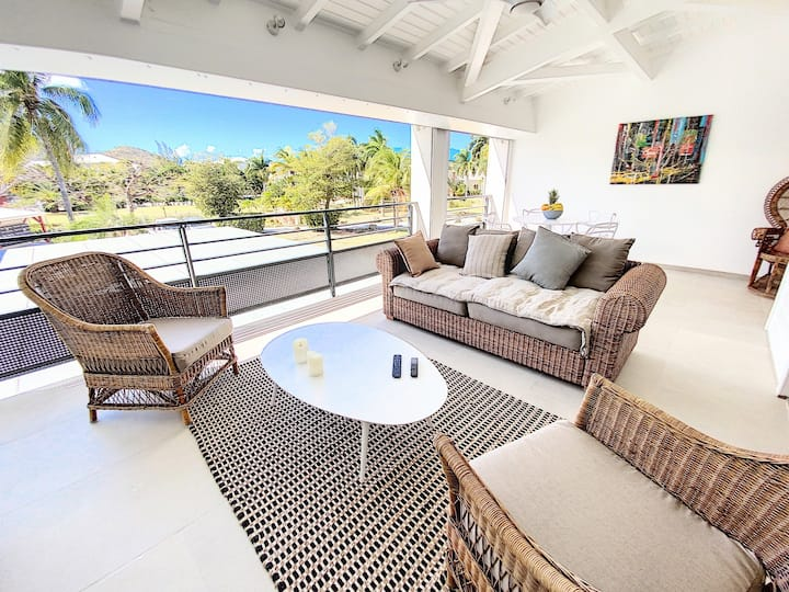 Acacia Tropical, luxurious Duplex, walkable beach