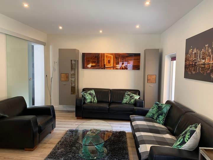 Modernes Apartment im Grünen in Saarbrücken