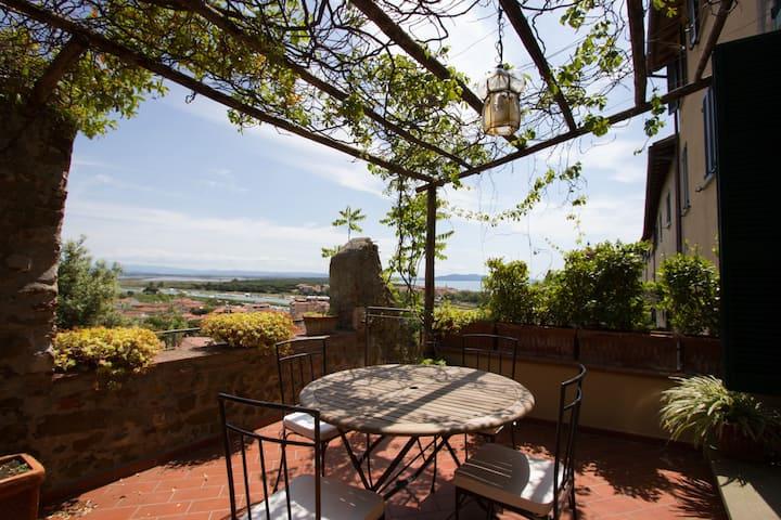 Appartamento nel borgo antico di Castiglione