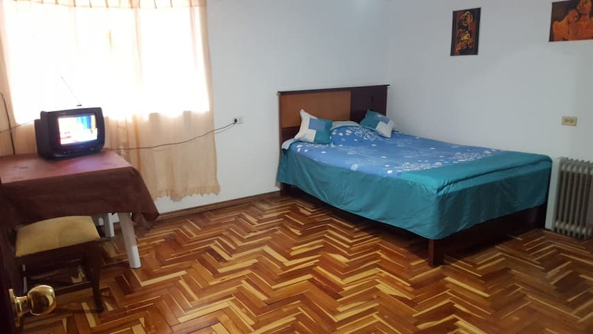 Room in the south of Quito