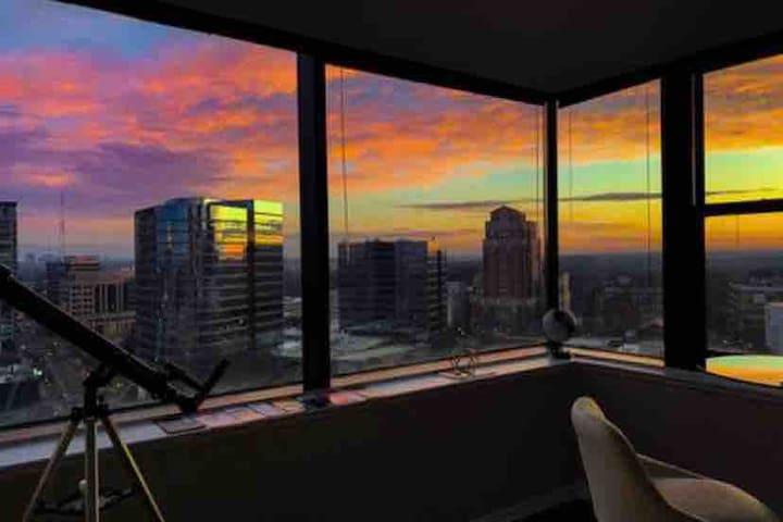 Ready Sunset Go! Views+HugeTV. Modern, Midtown.