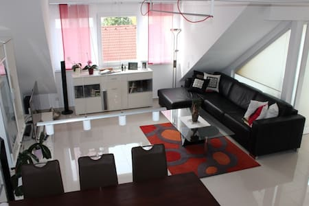 Modern and excellent located 110sq metre apartment - Klagenfurt - Appartement