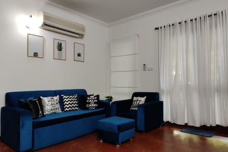 Cozy Serene 1BR AC WiFi  PowerBack up: Arpora-Baga