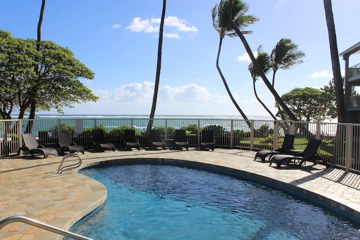 Direct Ocean View,Seaside pool, Free wifi parking