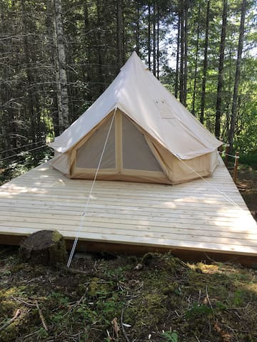 Lucky Stars Retreat Glamping Tent
