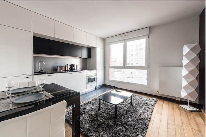 New 2 Bedrooms et Bathrooms flat603 - Clichy - Pis