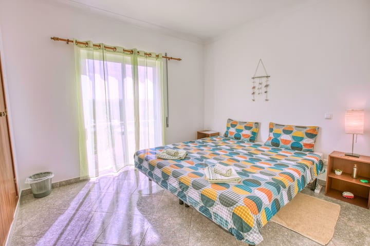 Local Guesthouse - Coliving Sagres