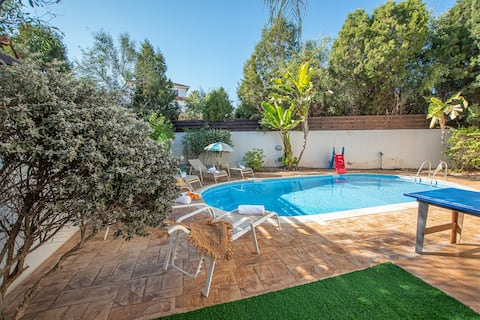 Konnos Beach Villa No 5