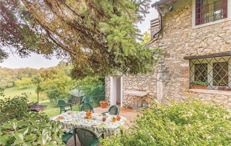 Semi-Detached with 1 bedroom on 93m² in Arcugnano VI