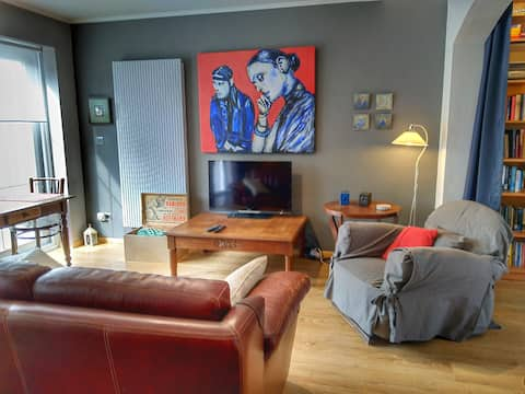 Large apartment with private terrace and garden