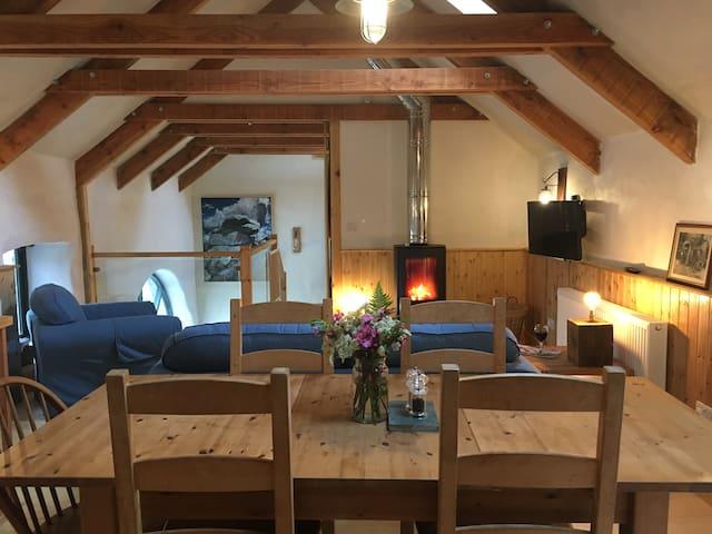 Beautiful, light & airy eco barn conversion