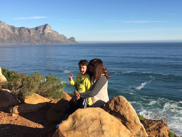 Beautiful scenic drives around the Helderberg mountains with breathtaking views
