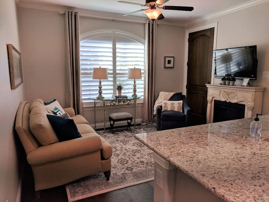 Living room features a Sony TV equipped with complimentary cable access.