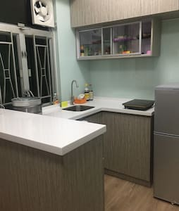 Cozy shared bedroom 4 females only - 香港 - Apartment