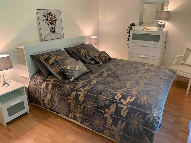 Chambre avec un lit 160 x 200