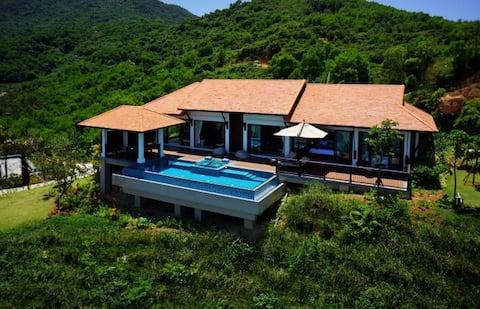 Hillside Villa, Banyan Tree, Danang