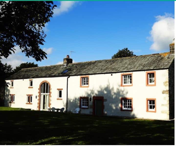 Comfortable and spacious farmhouse in Eden Valley