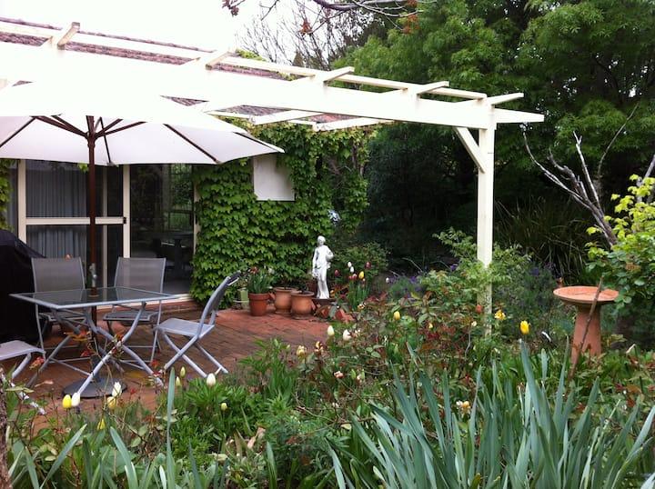 Highland Garden Hideaway
