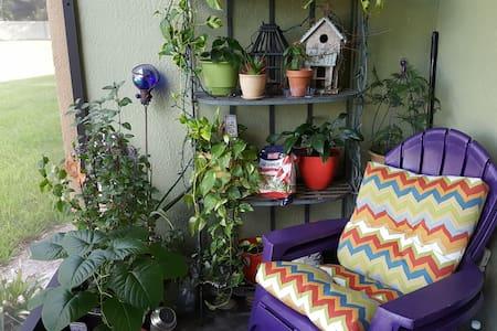 Cozy, quiet home near Orlando, UCF and  Siemens. - Oviedo