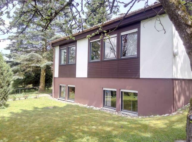 Die Arche - Haus mit Garten