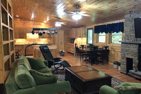 "Cross Fork Pine Lodge - 1BR ""Trout's Stream"" cabin"