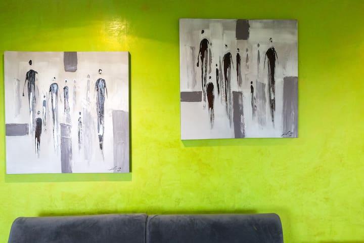 """Studio style Contemporary """"La Sévrin'"""""""