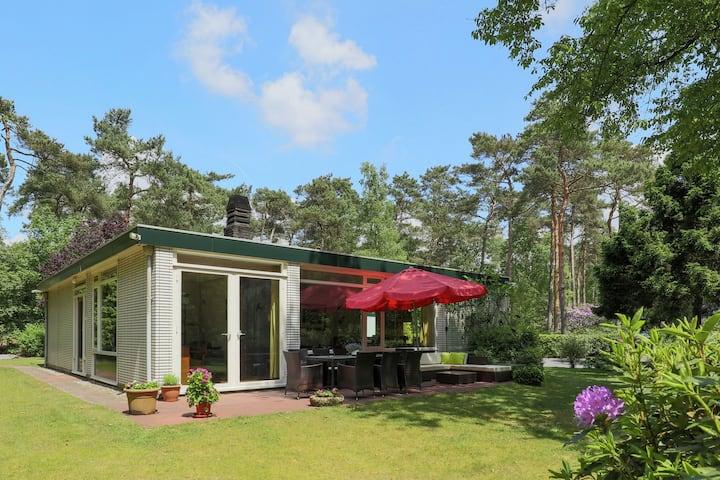 Prachtige villa in Huijbergen vlak bij het bos