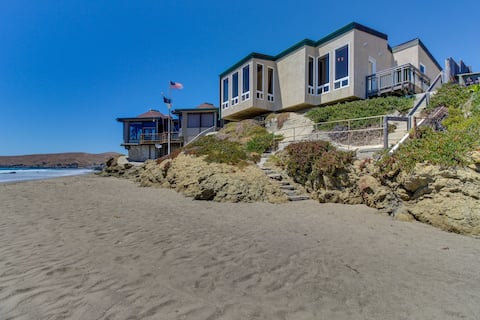 Lovely oceanfront home w/ deck and views - steps from the sand and water