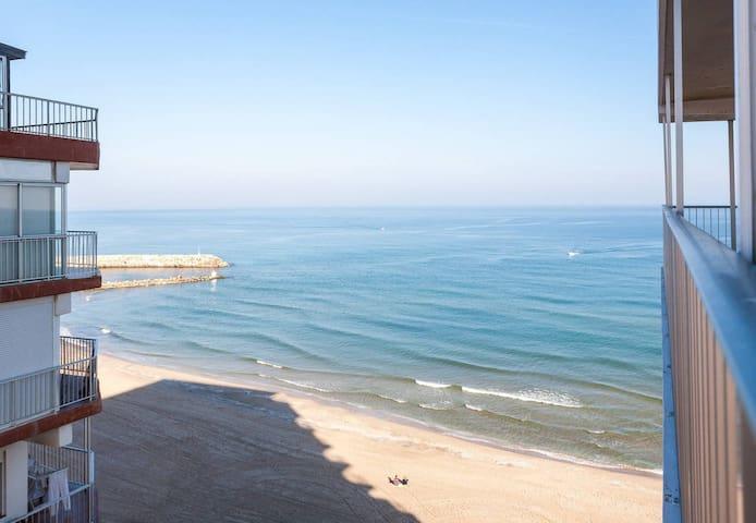 PRIMERA linea de playa!!! + WIFI :) - Sueca - Apartamento