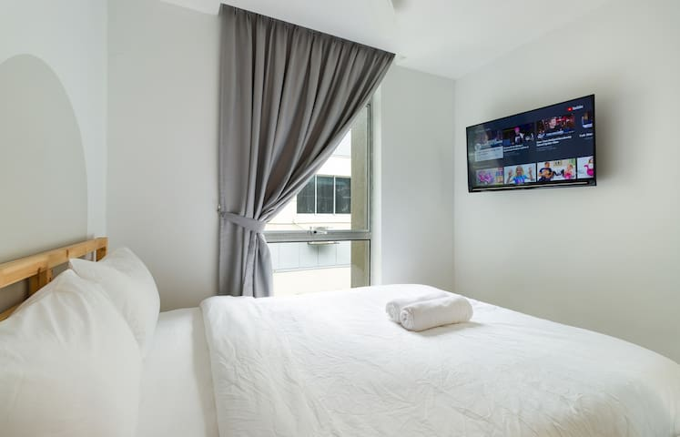 Deluxe @ Upstairs Downstairs Co-living in KL