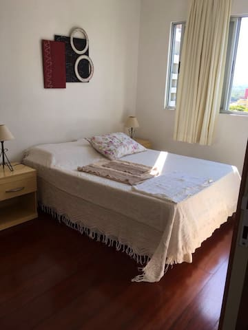 Cozy room near UFSC University (w/ Parking) - Florianópolis - Appartement