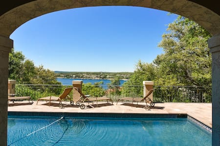 5BR/4BA Lake House with Pool - Lakeway - Casa