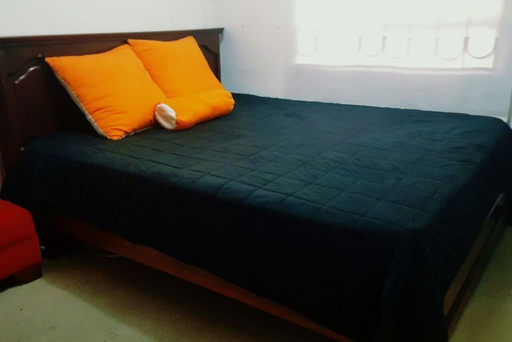 Esta es la cama que arrendamos.