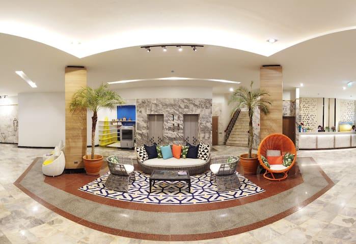 M Grand Hotel