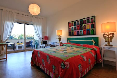 Borromini cozy and colorful - Roma - Apartment
