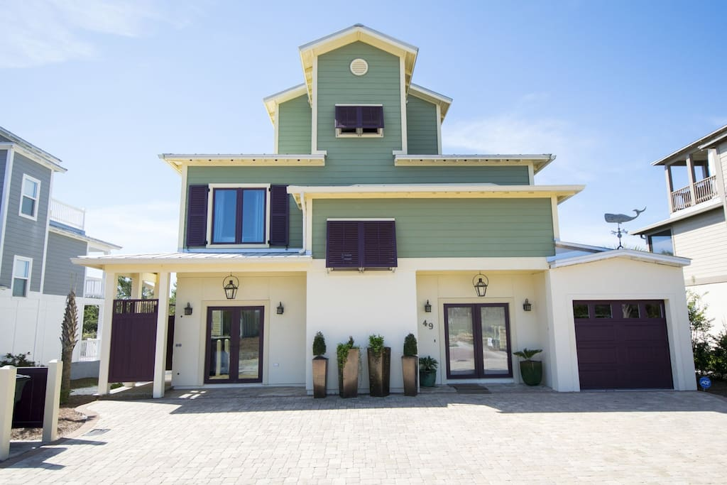 Whale Tale ~ Inlet Beach ~ Home with Golf Cart  ~ Paradise Properties