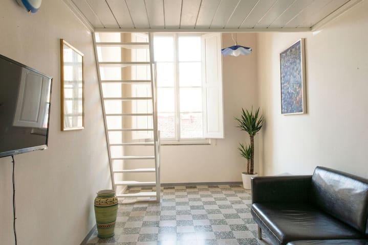 La stanza rossa a 200 metri da Ponte Vecchio