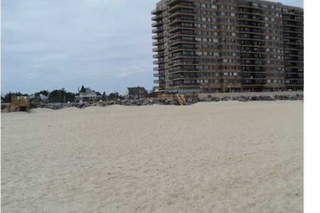 WINTER RENTAL Beach front FURNISHED - Monmouth Beach - Huoneisto