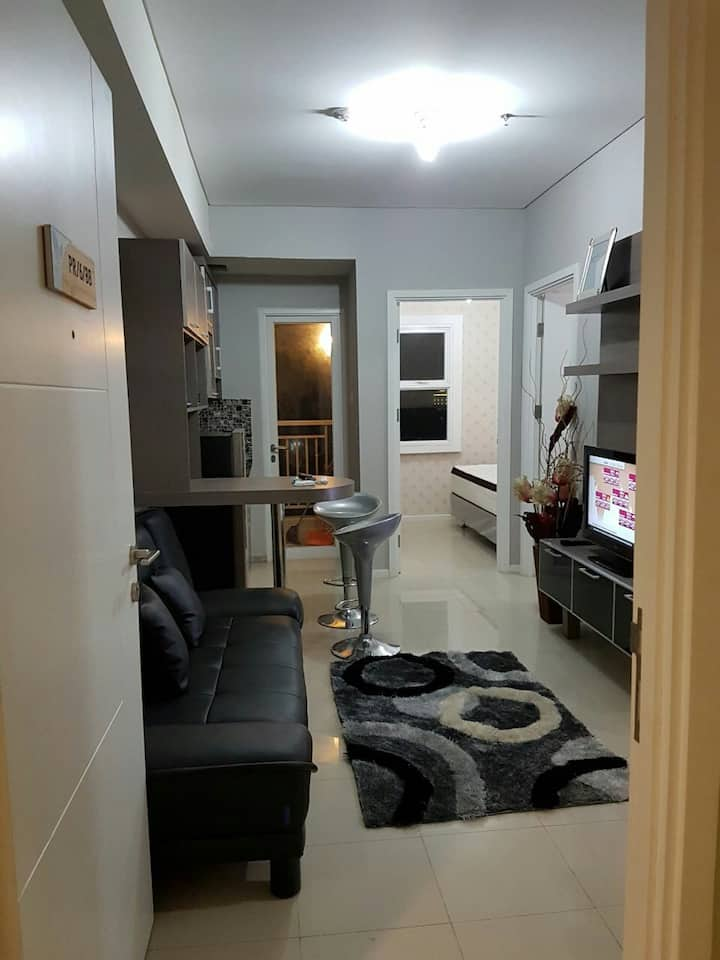 Relaxing 2BR Parahyangan Residence Near Unpar