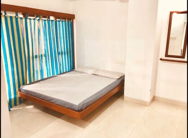 Sea Side Villa - Nearby White Town - Pondicherry