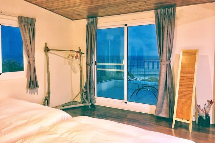 佳樂水風景區 鄰海地樓中樓面海6人房Hiddieland Loft ocean view for 6