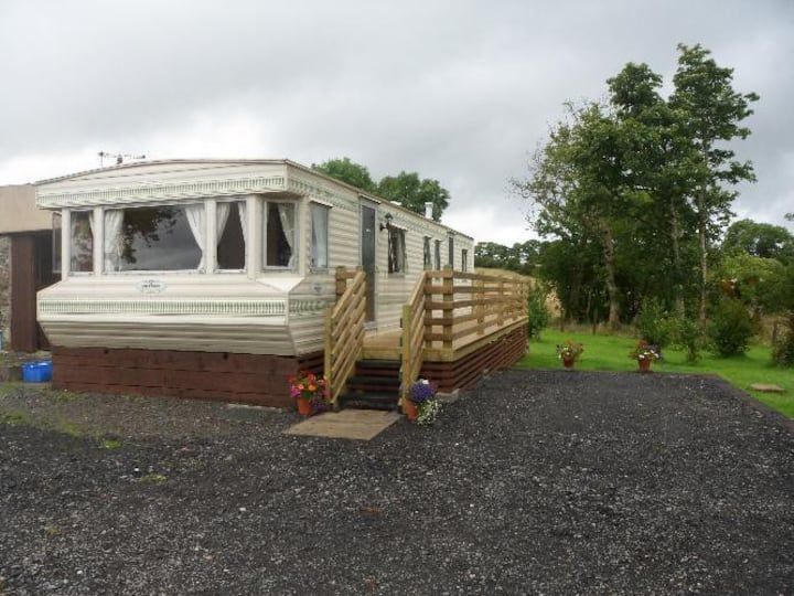 Homely caravan in a quiet country setting