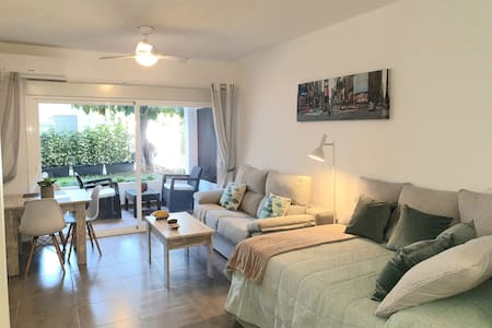 New DeluxeEstudy Marbella GoldenMills Wifi-Parking