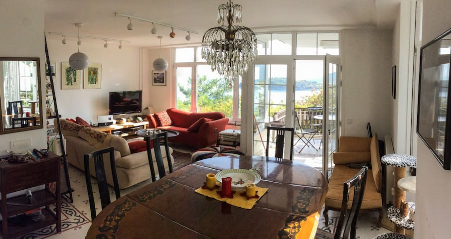 Flat in Burgazada, Princes' Islands of Istanbul - Adalar - Apartemen