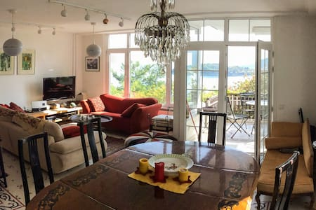 Flat in Burgazada, Princes' Islands of Istanbul - Adalar - Apartament