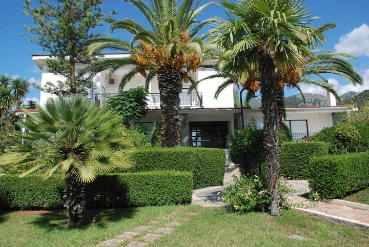 Villa Evanthia  with breathtaking sea views.