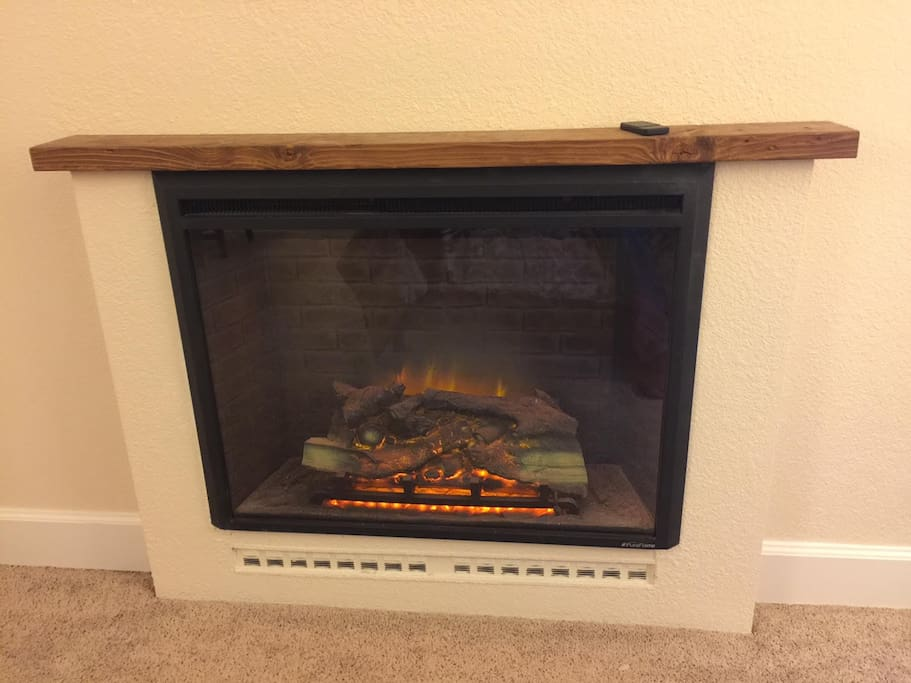 Fireplace has 2 heat and 3 flame settings