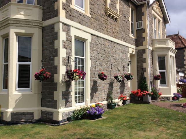 Summer flowers, Beautiful  Victorian House.