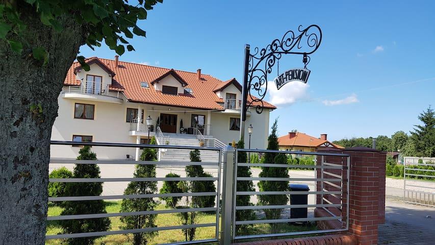 Art-Pension Pokój nr 10 (with balcony)
