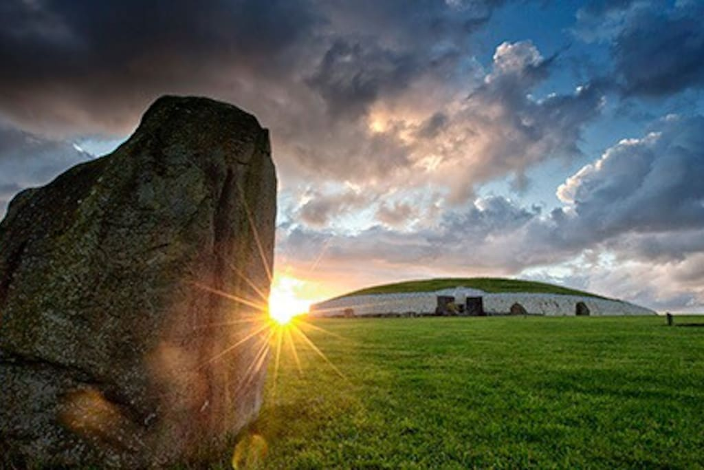 15 minute drive to historic Newgrange